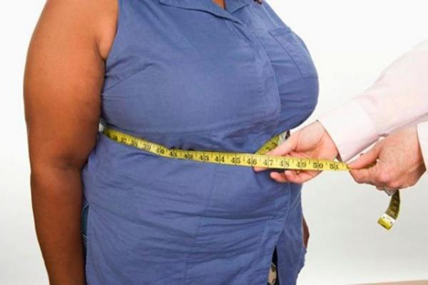 отложение жиров области живота